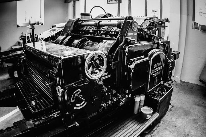 Black beauty, Original Heidelberger Zylinder OHZ S 54 x 72 cm. Fotografiert von Aileen Kapitza