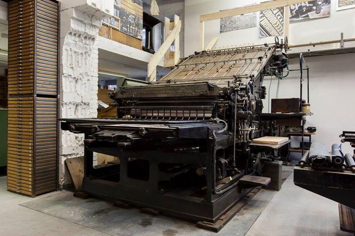 Diese Maschine ist eine Johannisberger Buchdruck Schnellpresse aus dem Jahre 1924. Hersteller war di...