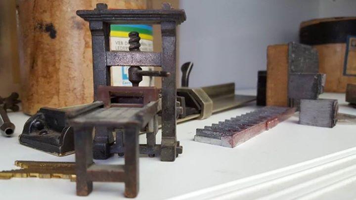 Jeder fängt mal klein an. Hier unser Starter-Kit für Letterpresser :) Wenn ich mal groß bin, werde i...