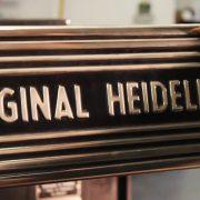 Letterpress und Heissfolienprägung auf dem Heidelberger