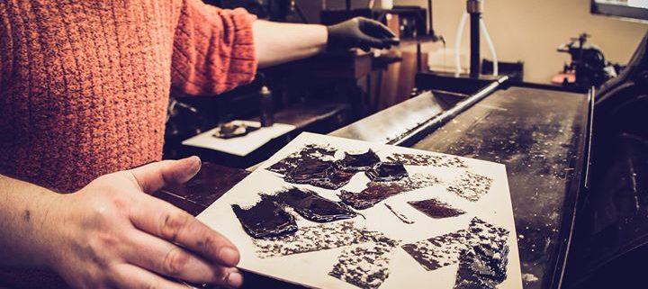 Man@work heißt diese kleine Bildserie von Aileen Kapitza. Sie entstand beim Druck eines Food-Poster ...